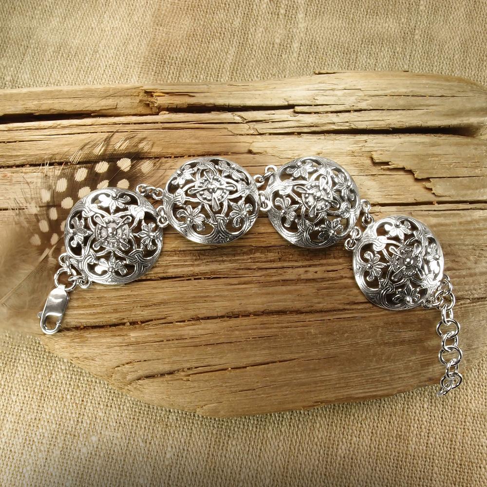 "Bracelet ""Prosperity"". 4 links"