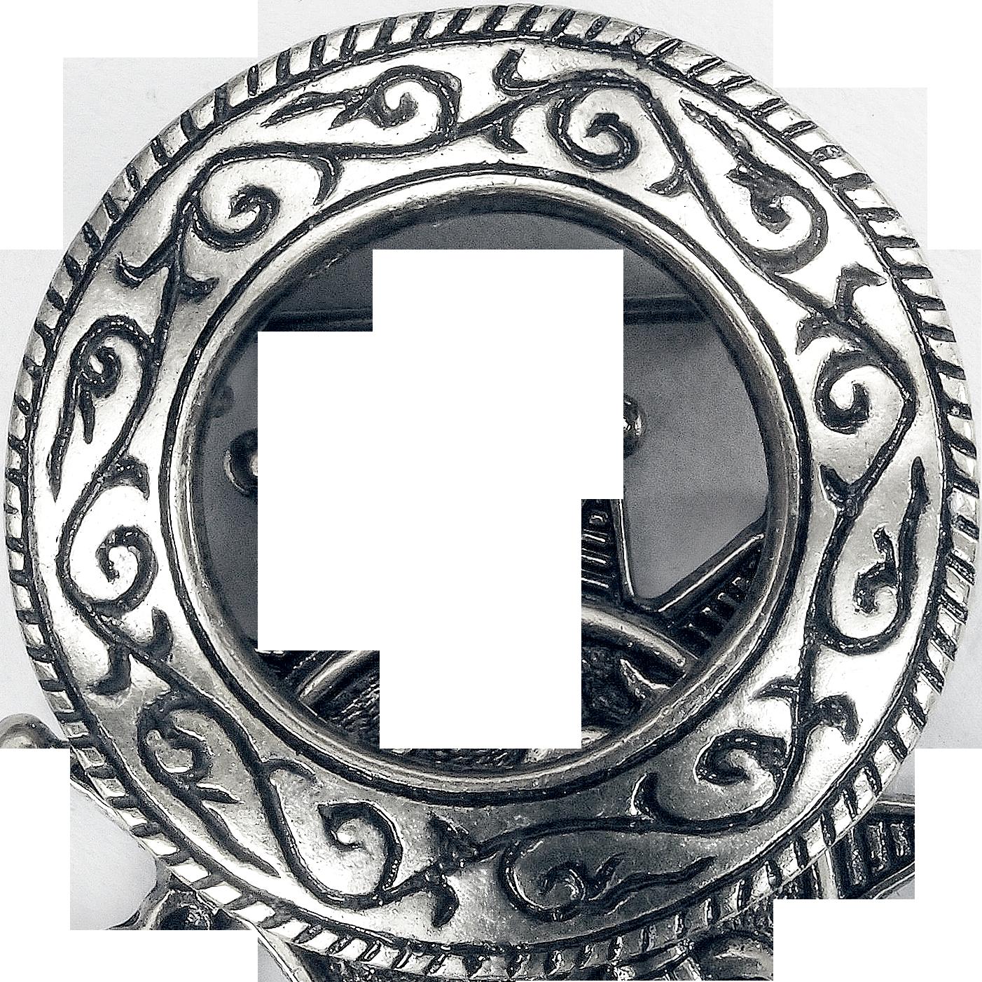 Неревская кольцевидная фибула